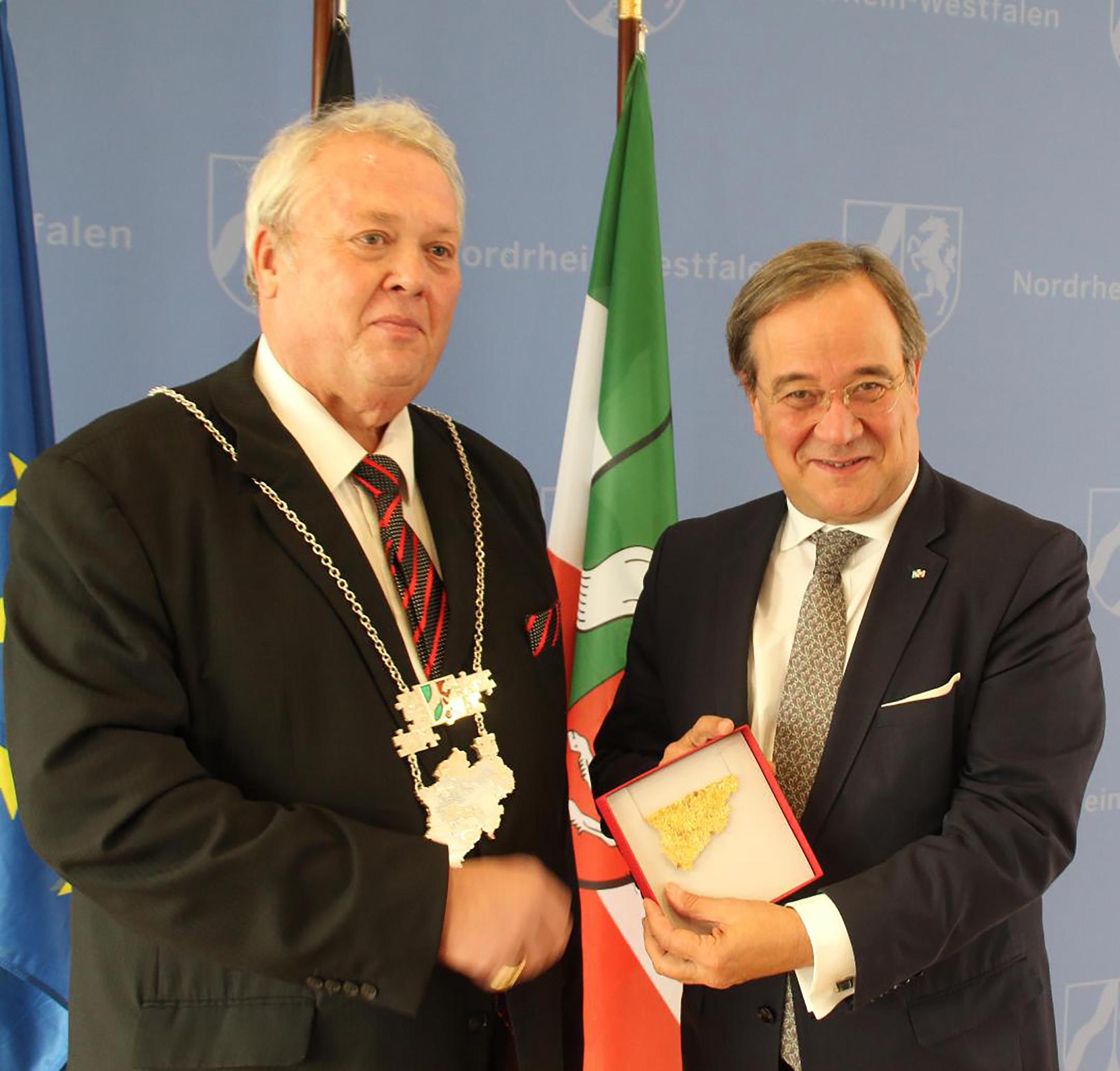 Goldschmiedemeister, Landesinnungsmeister NRW Ministerpräsident Armin Laschet LIV